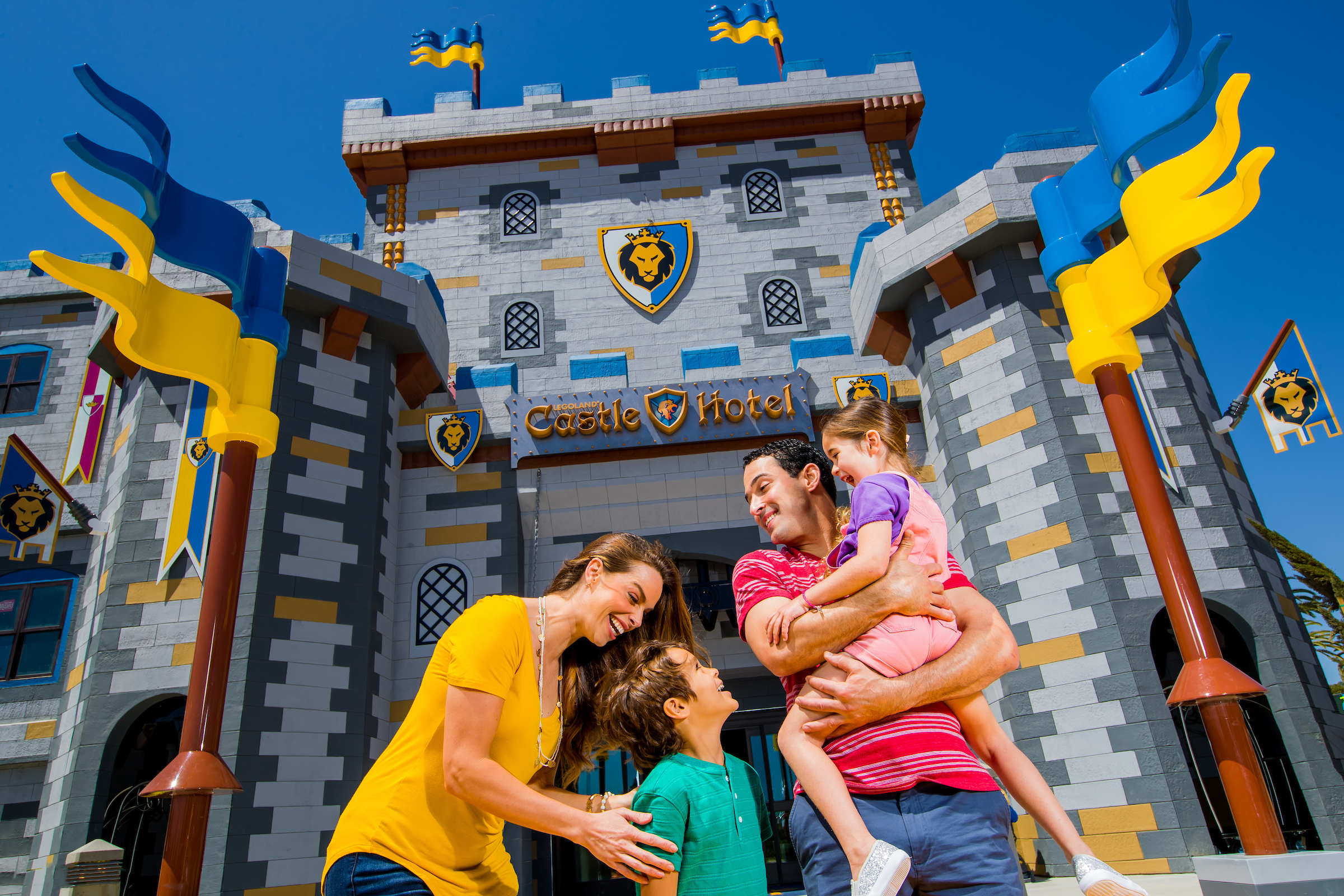 Family in front of LEGOLAND Castle Hotel